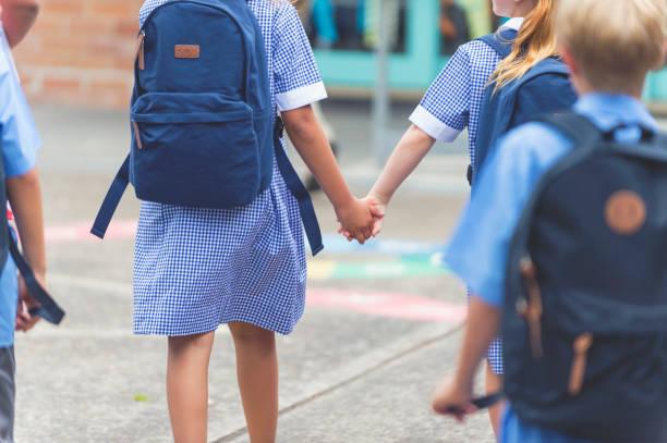 niños de preescolar para mantener limpio nuestro entorno